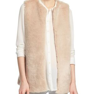 Chelsea28 Faux Fur Vest in Blush